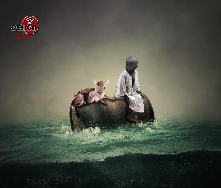 طفل في وسط البحر