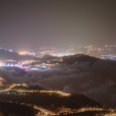 الضباب ليلا