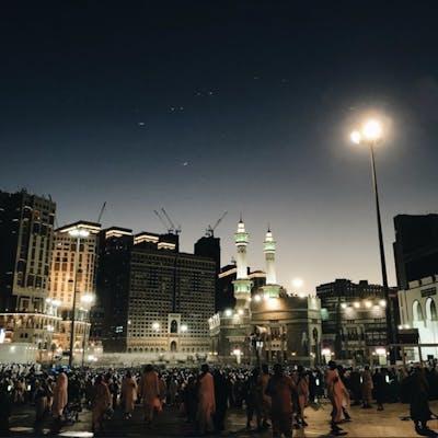 #هلال_رمضان يجاوره #نجمة_المساء كوكب الزهرة  رمضان١٤٣٩هـ.